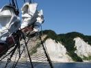 Wir segeln vor der Steilküste von Rügen