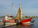 Kutter an der Elbe
